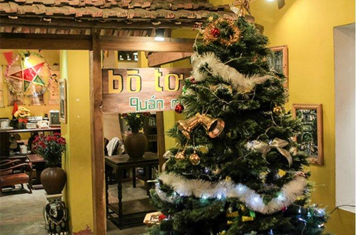 Không khí Giáng sinh nhộn nhịp tại Bò Tơ Quán Mộc